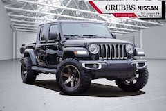 2020 Jeep Gladiator Overland Truck Crew Cab in Bedford TX