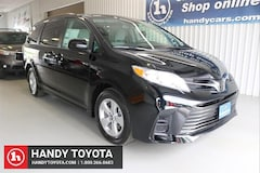 New 2020 Toyota Sienna LE 8 Passenger FWD Mini-Van