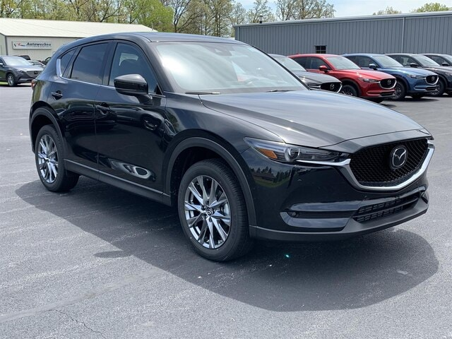 2019 Mazda Mazda CX-5 Signature SUV For Sale in Valparaiso, IN