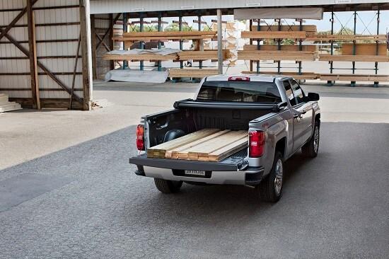 2018-Chevrolet-Silverado1500-LT-DoubleCab-Truck-L03.jpg