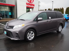 New 2019 Toyota Sienna LE 8 Passenger Van for sale Philadelphia