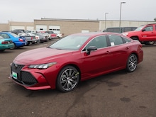 2019 Toyota Avalon XSE Sedan