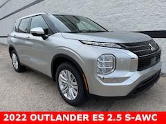 2022 Mitsubishi Outlander ES CUV for Sale at Max Madsen's Aurora Mitsubishi