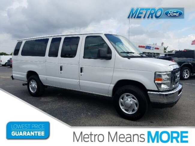 2011 Ford E-350 Super Duty Van Extended Wagon