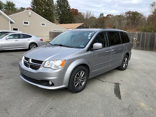 2017 Dodge Grand Caravan SXT Wagon Mini-van, Passenger For Sale in Westport, MA