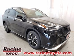 New 2021 Toyota Highlander XSE SUV in Mount Pleasant WI