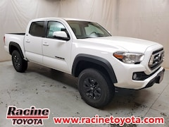 new 2021 Toyota Tacoma SR5 V6 Truck Double Cab for sale near milwaukee