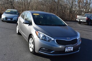 Used 2016 Kia Forte LX FWD Hatchback For Sale in Antioch, IL
