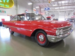1961 Ford Starliner Hardtop Coupe