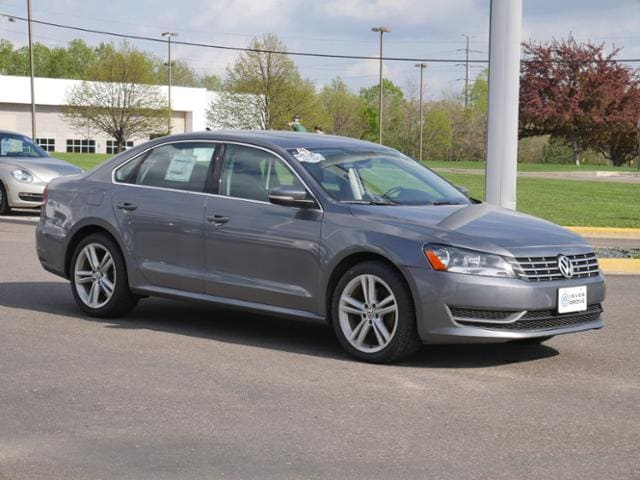 Used 2015 Volkswagen Passat For Sale at Rydell Auto Outlet