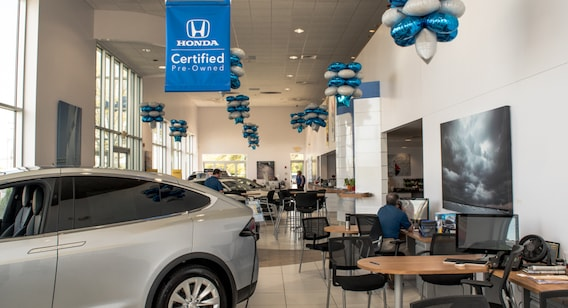 Honda Dealers Ri >> A Look Inside Saccucci Honda Ri Honda Dealer Middletown