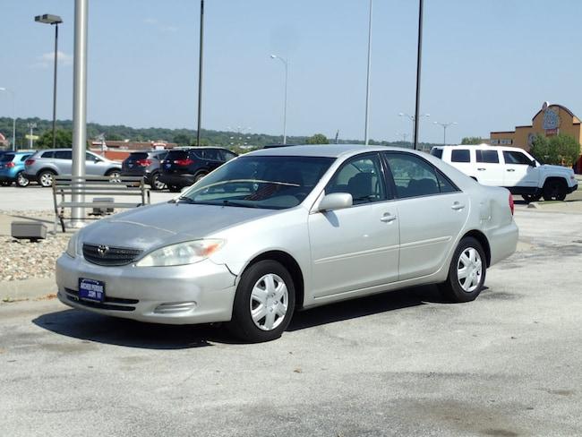 2004 Toyota Camry LE LE  Sedan