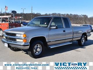 1999 Chevrolet C/K 2500 LS Truck