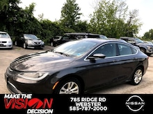 2015 Chrysler 200 4dr Sdn Limited FWD Sedan