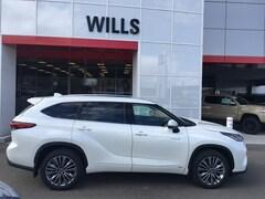 2020 Toyota Highlander Hybrid Platinum SUV for sale in Twin Falls ID