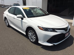 New 2018 Toyota Camry LE Sedan for Sale in Twin Falls, ID