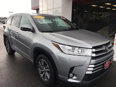 Certified Used 2017 Toyota Highlander XLE SUV for sale in Twin Falls ID