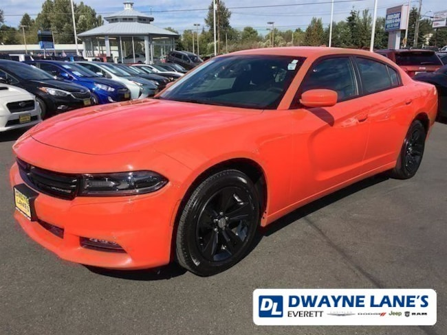 2018 Dodge Charger SXT Plus Sedan