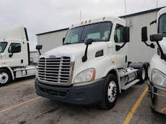 2013 FREIGHTLINER Cascadia day cab