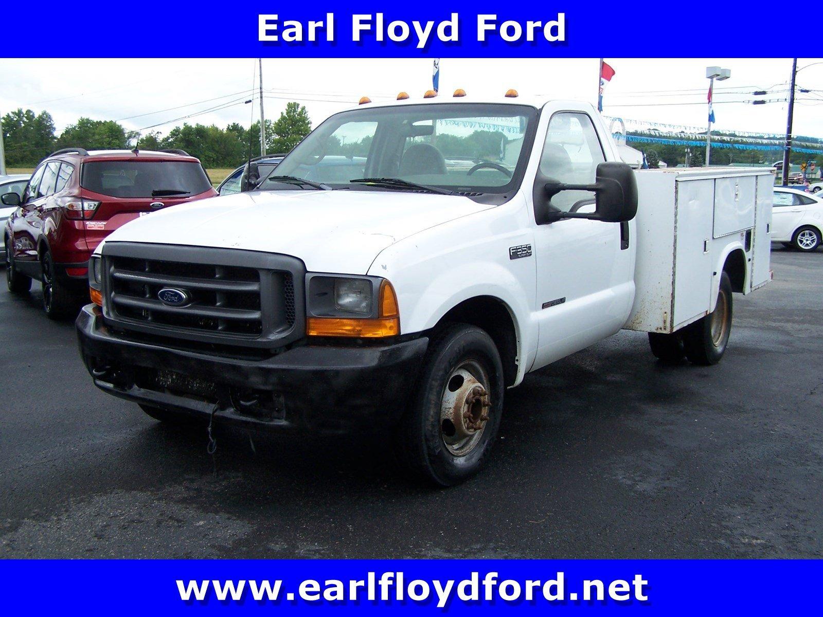 2000 Ford Super Duty F-350 DRW XL Truck Regular Cab