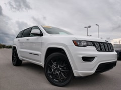 New 2019 Jeep Grand Cherokee ALTITUDE 4X4 Sport Utility 1C4RJFAGXKC702931 in Crossville