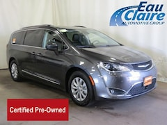 Certified used 2018 Chrysler Pacifica Touring L FWD Mini-van, Passenger for sale in Eau Claire, WI