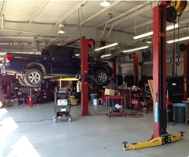 Image Of A Workshop For Used Cars In New Orleans - Eddie Tourelle's Northpark Nissan