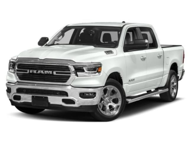 New 2019 Ram 1500 BIG HORN / LONE STAR CREW CAB 4X4 5'7 BOX Crew Cab Near Grand Rapids