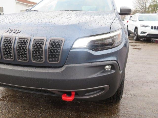 New 2019 Jeep Cherokee TRAILHAWK 4X4 For Sale/Lease