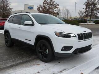 New 2019 Jeep Cherokee ALTITUDE 4X4 Sport Utility For Sale Greenville MI