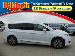 New 2018 Chrysler Pacifica Hybrid LIMITED Passenger Van for sale near Muncie IN