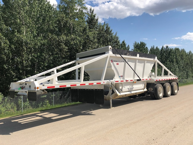 Used 2016 Cross Country CLAM DUMP near Edmonton, AB
