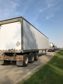 Used 2004 Manac Reefer Van near Edmonton, AB
