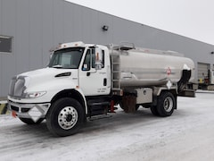 Used 2013 INTERNATIONAL TC406 near Edmonton, AB