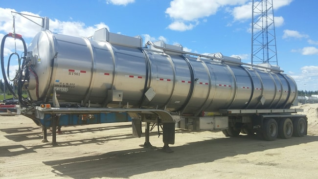 Used 2014 Polar Tridem Stainless Steel TC407 near Edmonton, AB