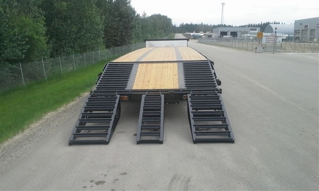 Used 2019 Doepker Tridem Steel With Ramps - near Edmonton, AB