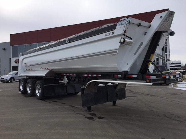 New 2019 Doepker Tridem End Dump Edmonton