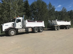Used 2007 KENWORTH T800 W/DUMP BOX near Edmonton, AB