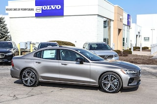 New 2019 Volvo S60 T6 R-Design Sedan 7JRA22TM7KG003868 in Perrysburg, OH