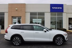 New 2021 Volvo V60 Cross Country T5 Wagon For Sale near Toledo, OH