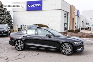 New 2019 Volvo S60 T6 Inscription Sedan 7JRA22TL5KG006159 in Perrysburg, OH