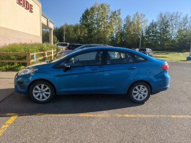 Used 2013 Ford Fiesta SE with VIN 3FADP4BJ5DM118631 for sale in Pine City, Minnesota