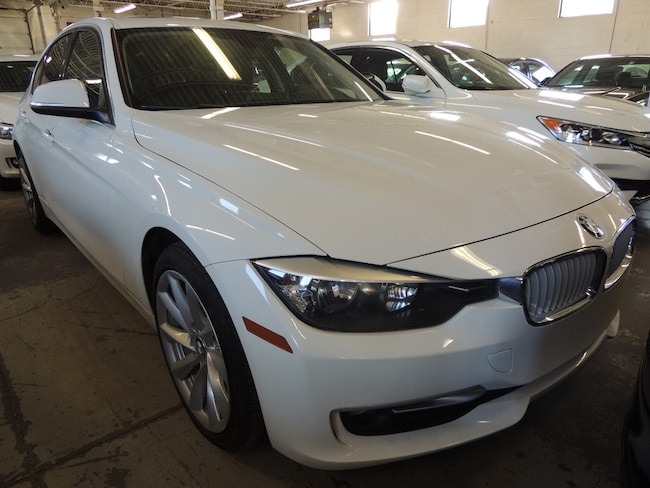 2014 BMW 320i xDrive, LEATHER, ALLOYS, FRONT HEATED SEATS Sedan