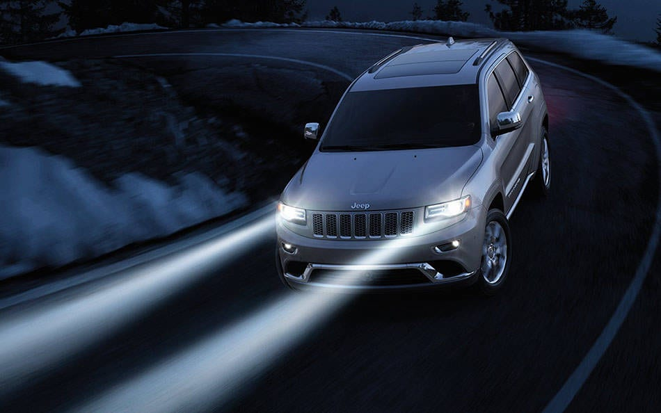 2016 Jeep Grand Cherokee Elegant Styling