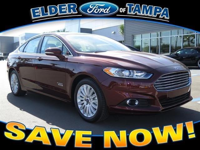 2015 Ford Fusion Energi SE Luxury Sedan