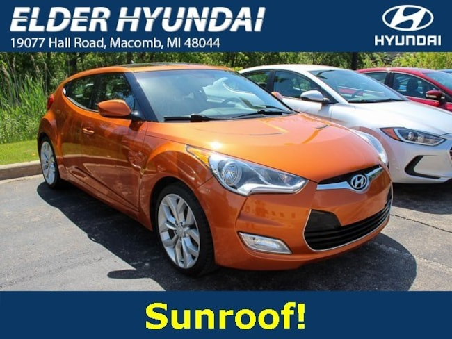 2012 Hyundai Veloster Base w/Black (M6) Hatchback