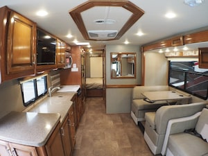 2018 HOLIDAY RAMBLER ADMIRAL 2018 FULL PAINT 31W 2018