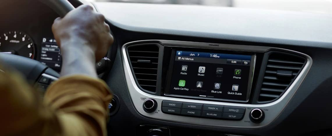 infotainment in hyundai accent