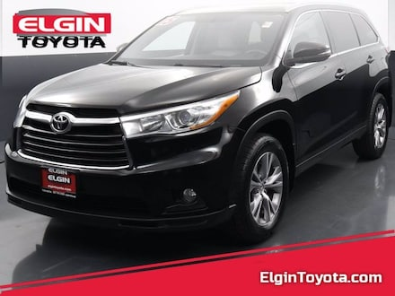 Featured Used 2015 Toyota Highlander All-wheel Drive for Sale near Elgin, IL