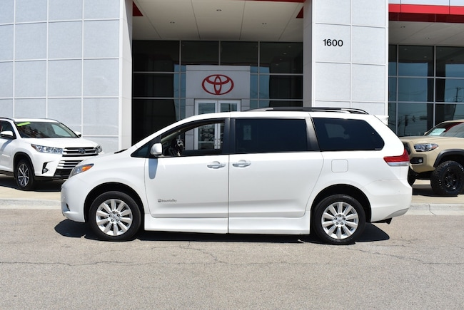 Used Toyota Sienna For Sale >> Used 2012 Toyota Sienna For Sale Streamwood Il Stock 50188a Vin